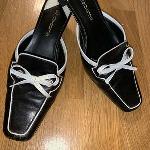 Liz Claiborne Black heels with white accent